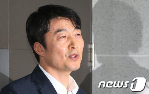 """[사진]이석기 """"의원직 사퇴 없을 것"""""""