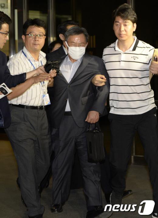 [사진]마스크 쓴 영남제분 회장