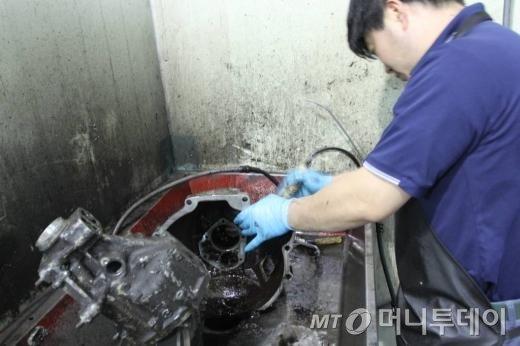 자동차부품 재제조업체 공장 모습
