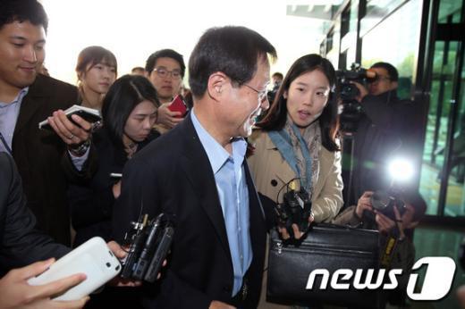 [사진]김진태 검찰총장 내정자에 쏠린 관심