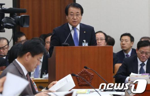 [사진][2013국감] 태성은 한전KPS 사장, 업무보고
