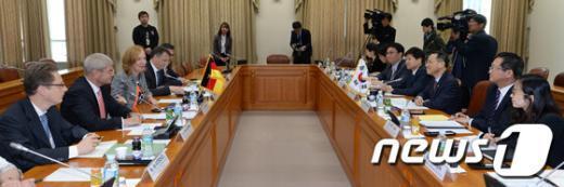 [사진]한-독일 고위급 정책협의회