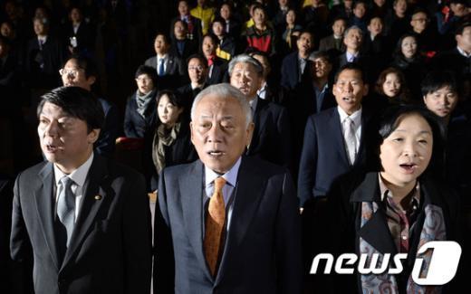 [사진]나란히 선 김한길·심상정·안철수