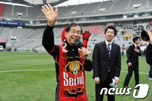 [사진]박원순 시장 '시민 여러분 반갑습니다'