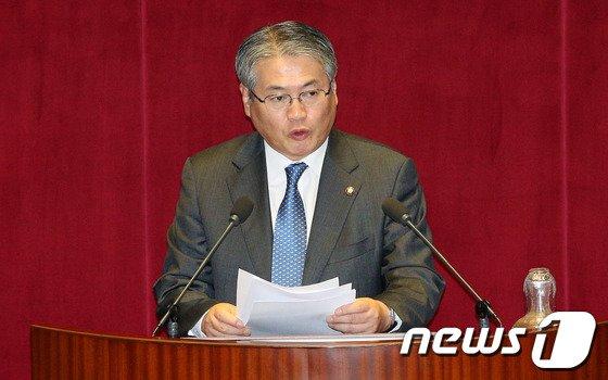 민주당 김용익 의원. /뉴스1 © News1 오대일 기자