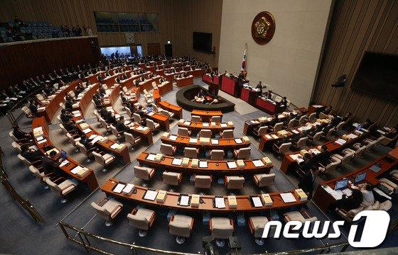 [사진]야당 빠진 예결산특위