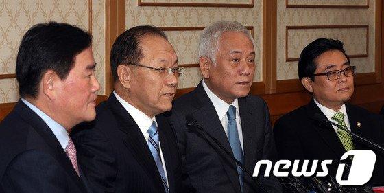 [사진]'여야 4자회담', 정국 정상화 되나?