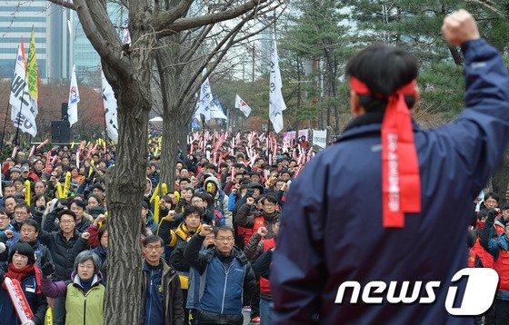 [사진]'재벌특혜 요금폭탄 철도민영화 반대!'