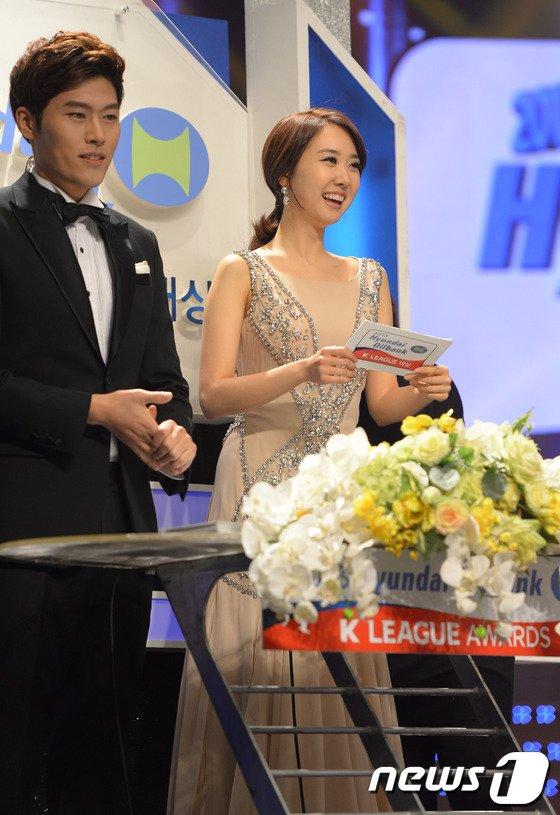 [사진]'박지성의 여친' 김민지 아나의 미소