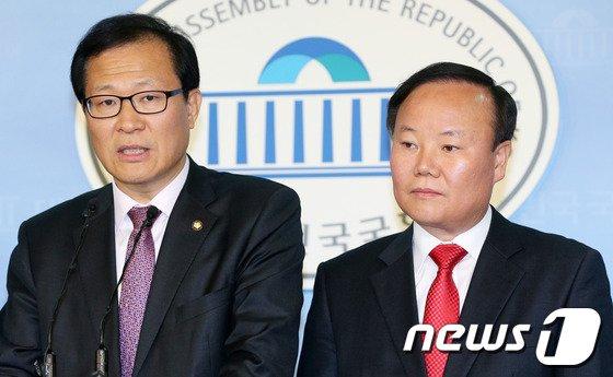 [사진]여야, 국정원 자체개혁안 '입장차'