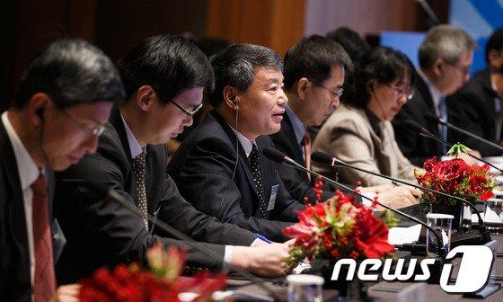 [사진]발언하는 쉬사오스 中국가발전개혁위 주임