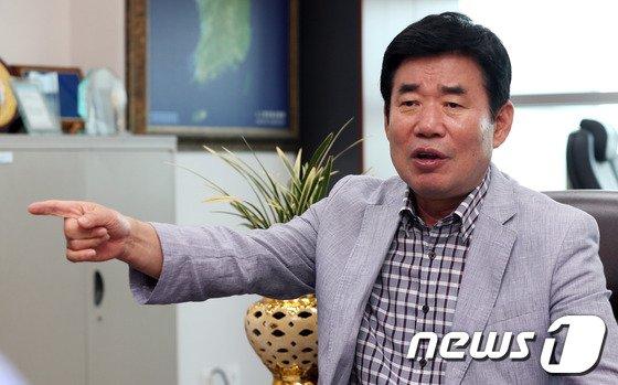 김진표 민주당 의원. 2013.8.13/뉴스1 © News1 허경 기자