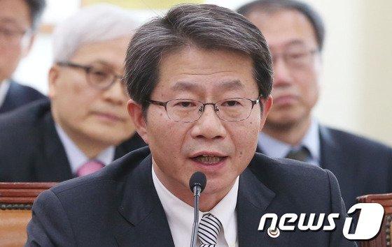 류길재 통일부 장관 2013.12.24/뉴스1 © News1 송원영 기자