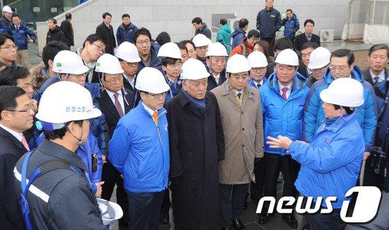 [사진]김한길 대표 '아시아 문화전당 잘 지어야'