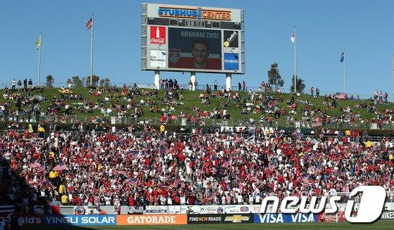[사진]'미국 축구 열기 대단하네'