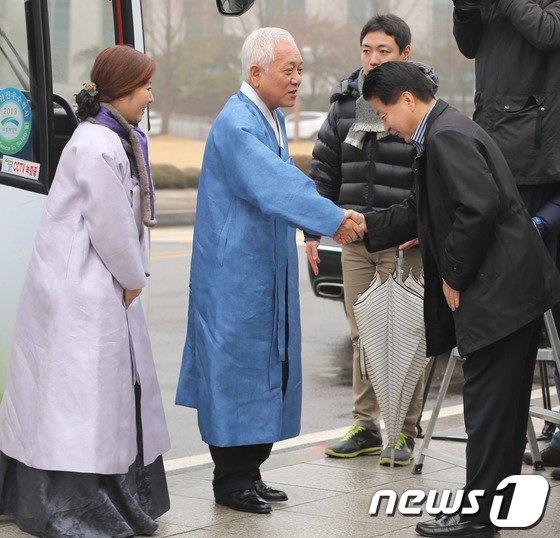 [사진]'민심투어' 마친 김한길 대표