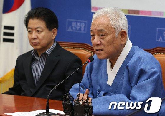 """[사진]김한길 """"경쟁서 이기는 것 보여주는게 중요"""""""