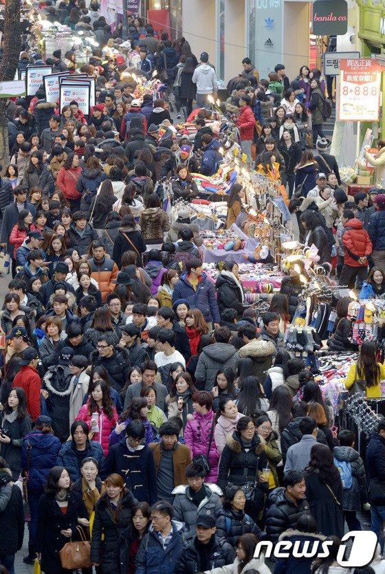 [사진]연휴 마지막날 만끽하는 시민들