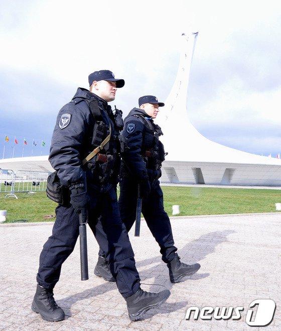 [사진][올림픽]경계근무 강화된 소치