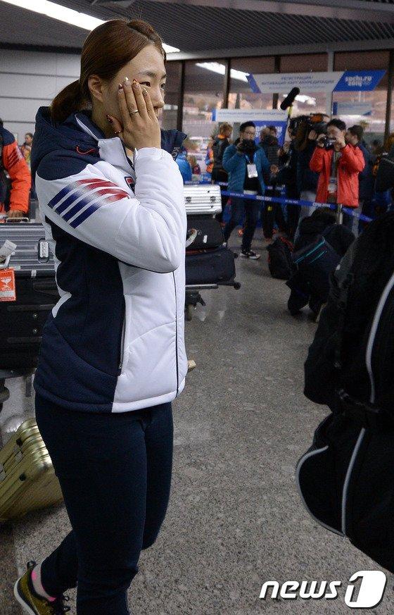 [사진][올림픽]이상화 '많은 취재진에 놀랐어요!'
