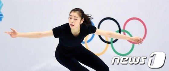 [사진][소치2014]김연아 '올림픽 2연패 기대하세요!'