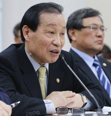 이경재 방송통신위원장. 2014.2.13/뉴스1 © News1   송원영 기자