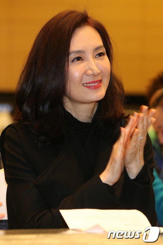 [사진]채시라 '우아한 미소'
