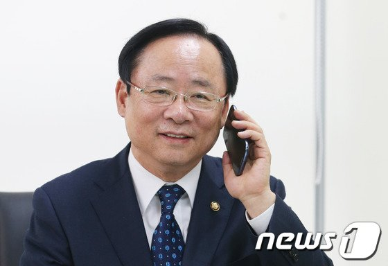 이주영 해양수산부 장관 후보자. 2014.2.12/뉴스1 © News1 송원영 기자