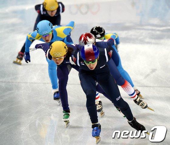 [사진][소치2014]훈련중인 이한빈-심석희