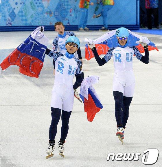 [사진][소치2014]안현수, 쇼트 전종목 매달획득 '러시아 영웅'