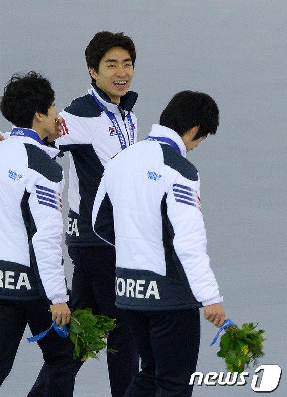 [사진][소치2014]사상 첫 메달 팀추월 '평창을 부탁해'