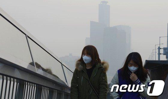 [사진]미세먼지 '대처방법은?'