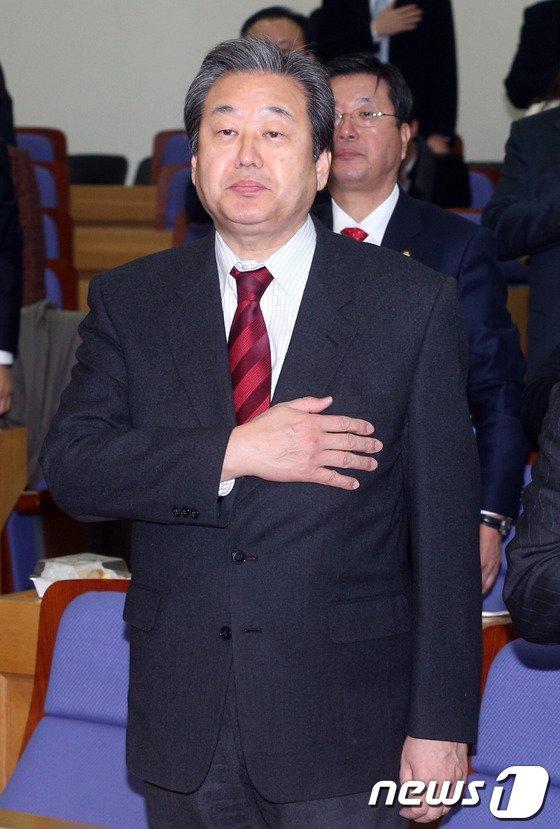 [사진]김무성 '통일경제 공부합시다'