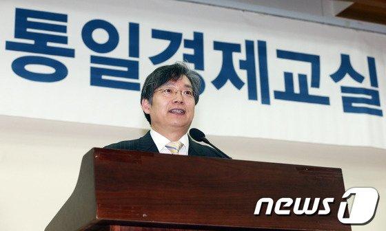 [사진]강연하는 김병연 교수