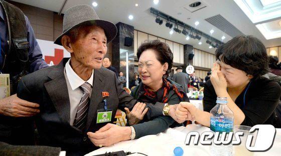[사진]이산가족 '기약없는 이별'