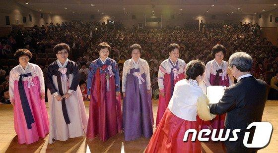 [사진]'어머니들의 졸업식'