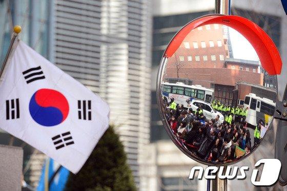 [사진]3·1절 앞둔 수요시위