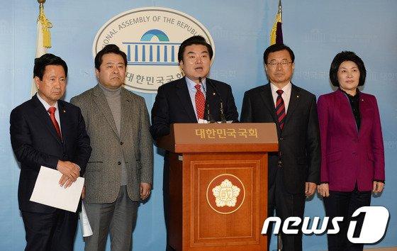 [사진]원유철 '경기고법 설치' 촉구