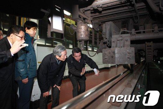 [사진]군자차량기지 찾은 정몽준 의원
