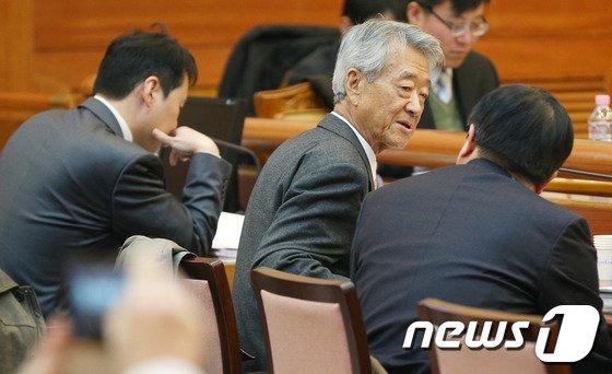 [사진]통진당 해산심판 정부측 대리인 권성 전 헌법재판관