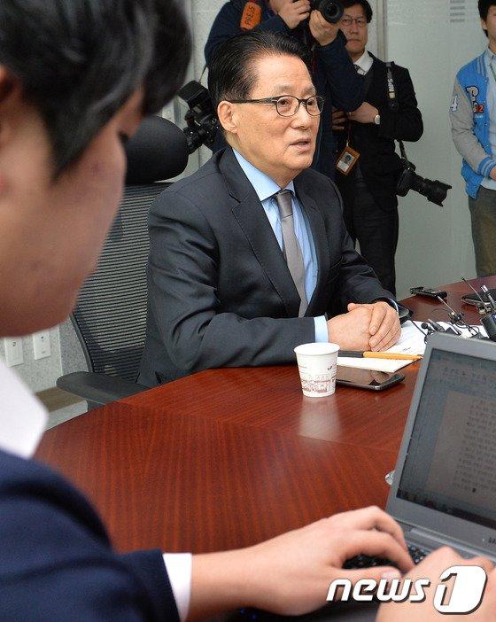 """[사진]박지원 """"중앙정치 계속하겠다"""""""
