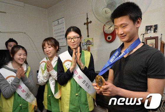 [사진]쇼트트랙 미녀들 '마음씨도 금메달'