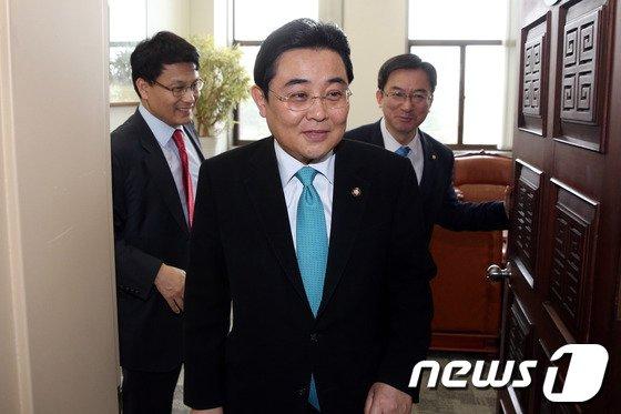 """[사진]與野, 원자력법 협상 결렬…""""4월 국회 처리 노력"""""""