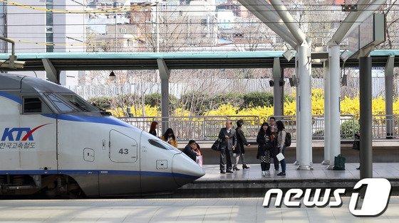[사진]KTX열차 '10년을 달렸다'