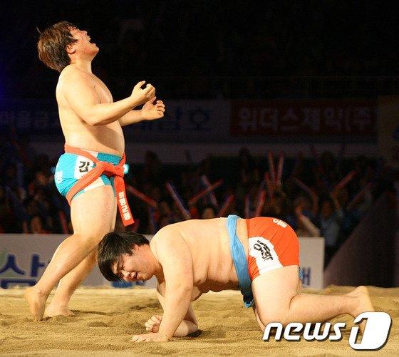 [사진]김진, 백두장사 타이틀 거머줘