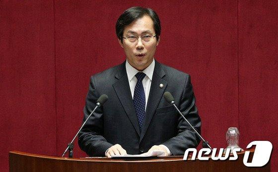 김영우 새누리당 의원. 2014.2.10/뉴스1 © News1   오대일 기자