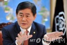 """최경환 공식 사과 """"부적절 발언, 안 대표에 사과"""""""