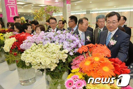 [사진]국회에서 열린 봄꽃 전시회