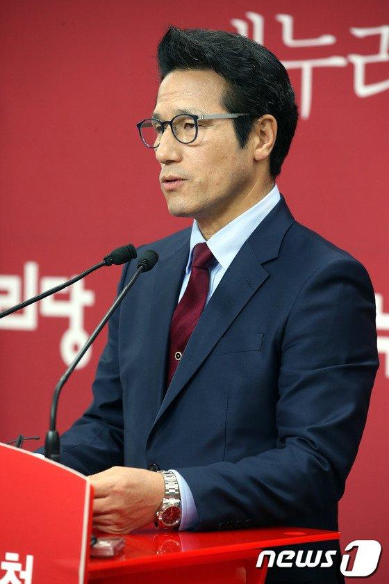 """[사진]정병국 """"경기지사 후보 TV토론 편성 촉구"""""""