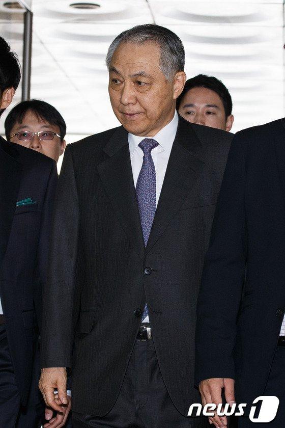 [사진]강덕수 전 회장 구속여부 오늘 결정